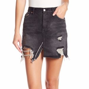NWT Free People Distressed sz 27 ✨